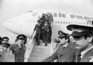 Ayatollah return from France exile